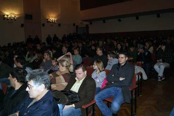 M18 pred prepunom publikom
