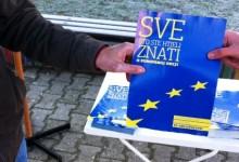 HNS-ovci pred Robnom dijelili materijale o pristupanju EU